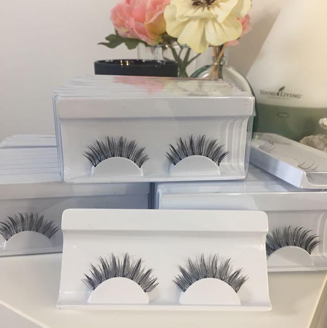 Eyelashes Sexy Glam look $2