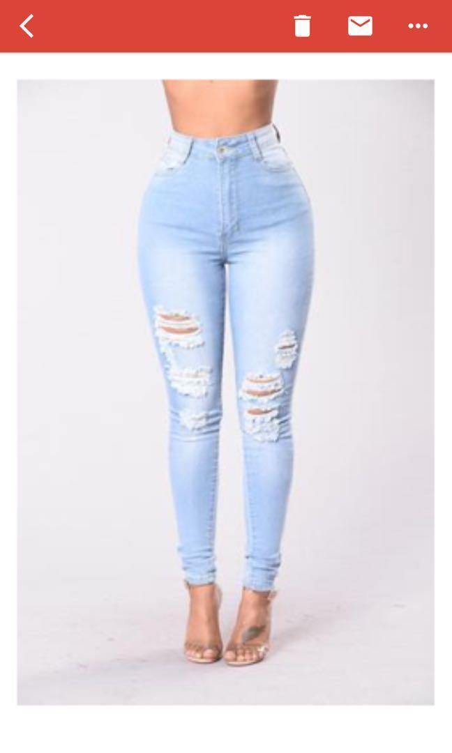 Fashionnova lightwash Jeans