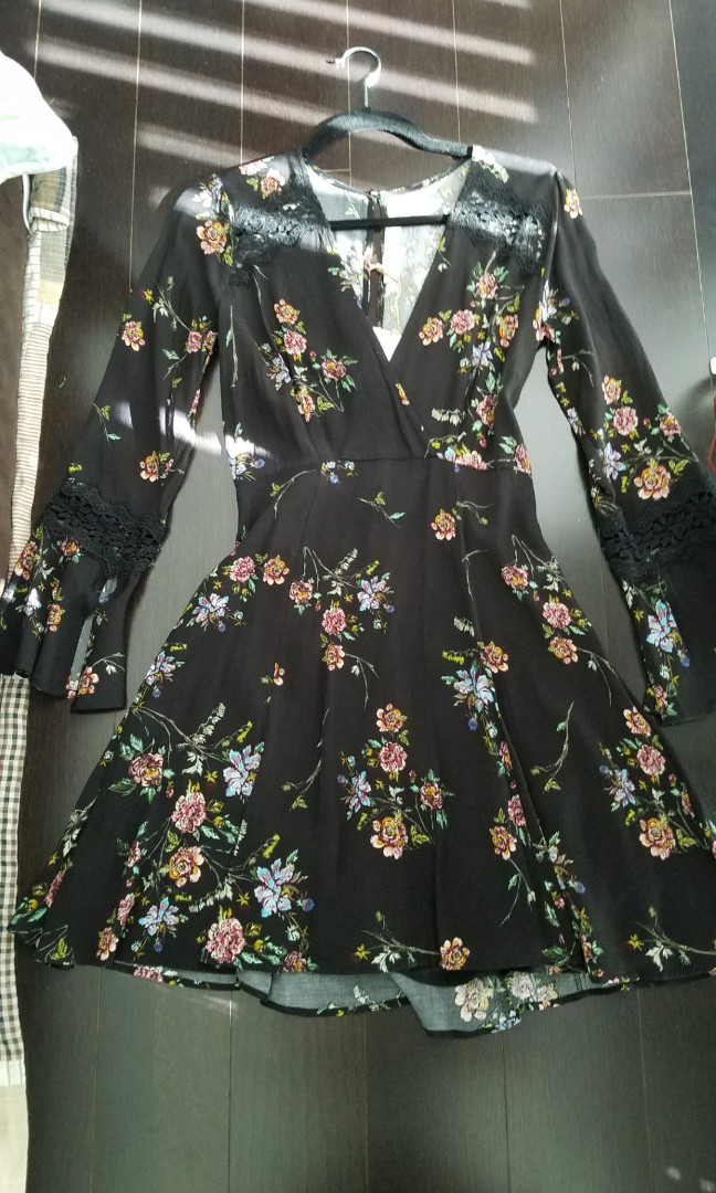 Floral Flare Dress (Size S-M)