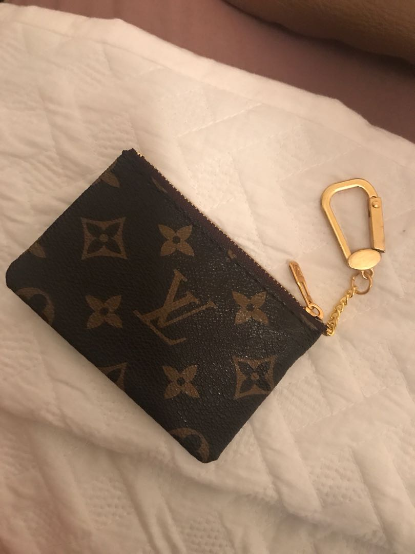 LOUIS VUITTON KEY CHAIN PURSE
