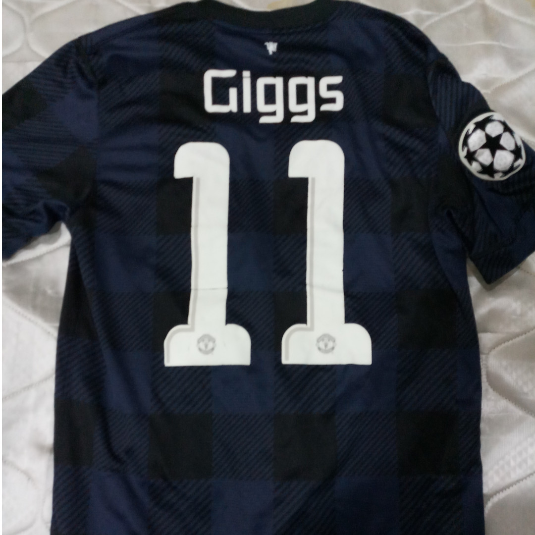 premium selection e9d9a a010a Original Manchester United 13/14 Away Kit GIGGS