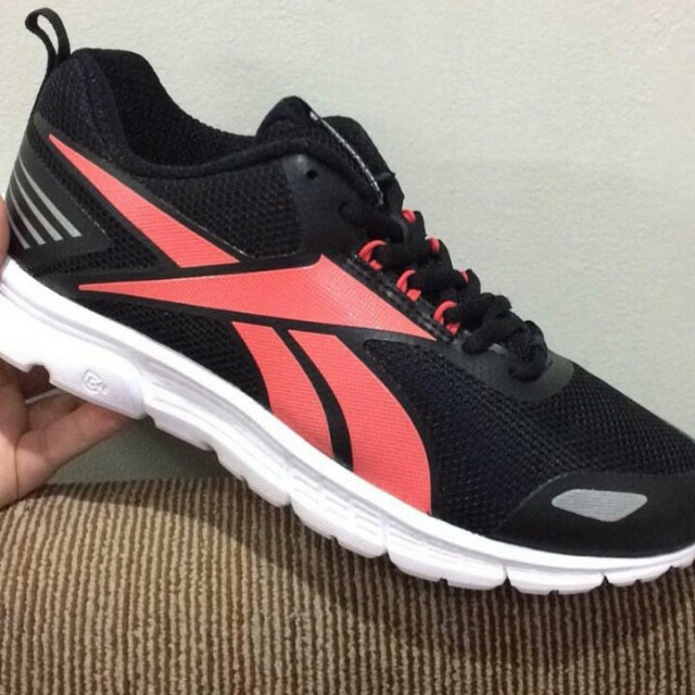 Sepatu Olahraga Reebok woman a4551395c8