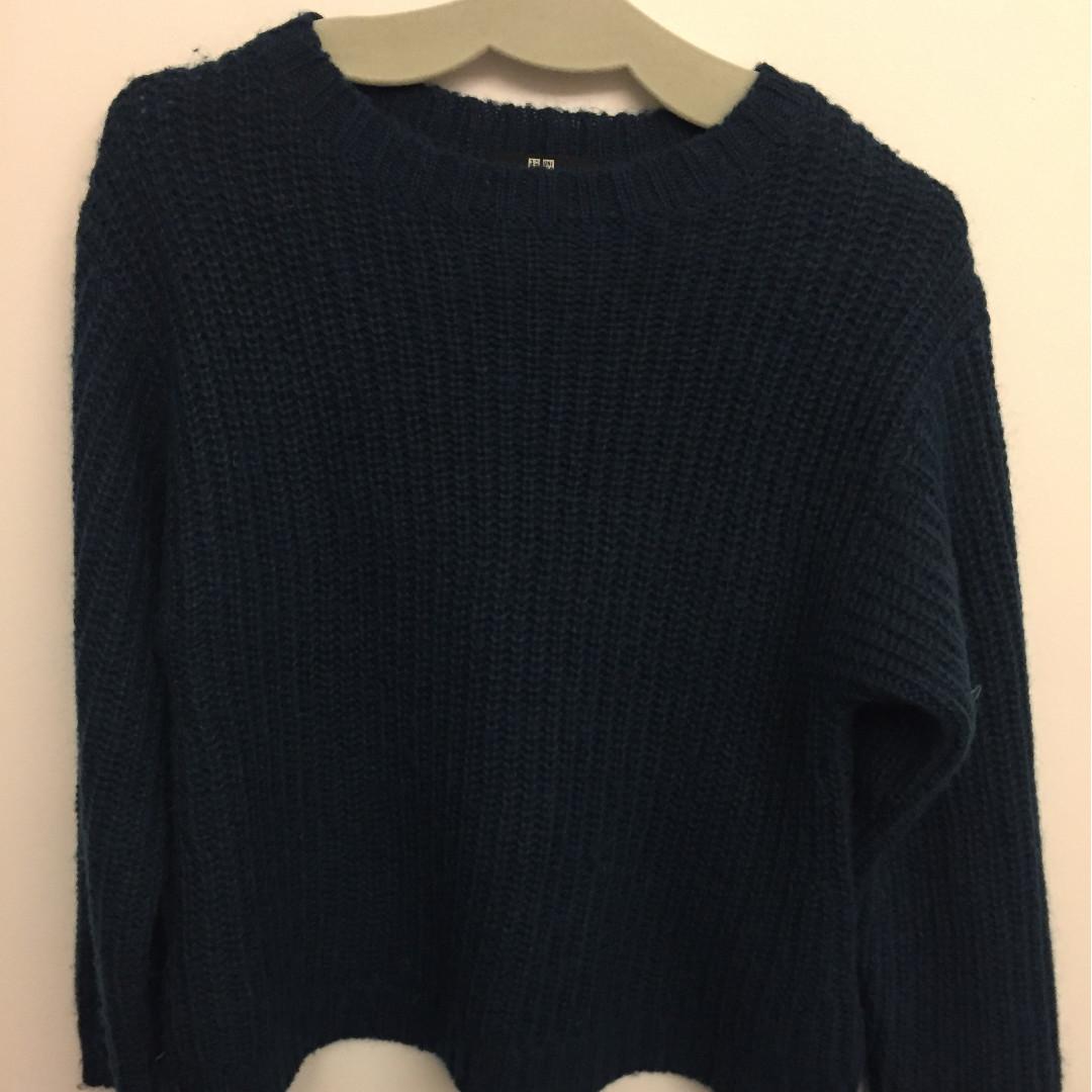 UNIQLO Blue Sweater