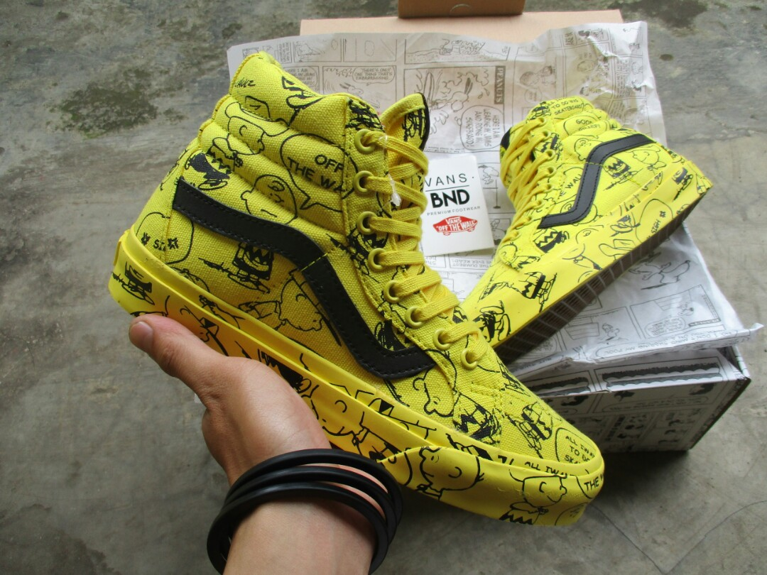 ... best cheap Vans Sk8-Hi Reissue Snoopy Peanuts Charlie Brown Maize  (Waflee ICC) ... 8b863a717