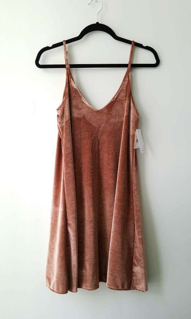 Velvety Rose Dress (Size S-M)