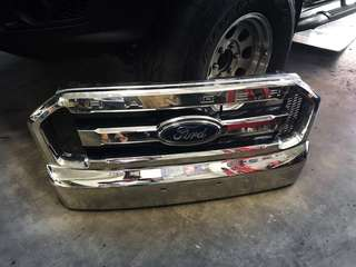 Ford Ranger T7 Original Front Grill
