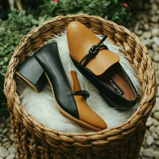 SOLD di SHOPEE!!Kalinga Two Tones Heels by Adorable Project
