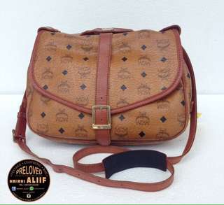 ASSALAMUALAIKUM  AUTHENTIC MCM SAUMUR 30 SLING BAG MADE IN GERMANY CONDITION 9/10 HARGA MAMPU MILIK  WHATSAPP 0165144439