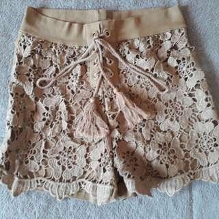 Summer lace short.