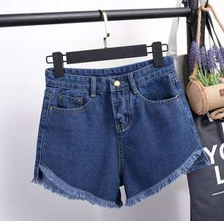 Short Pants L besar