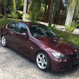 Luxurious BMW 320 sedan for short and Long term rental!