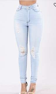 💥INSTOCK Plus size Jeans Fashion Nova ! 💥