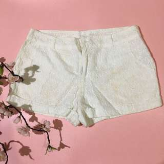 Forever 21 white short pants