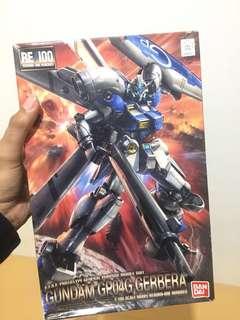 Bandai RE 1/100 Gundam GP04G Gerbera (second) + Bandai Transparent Action Base