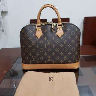 Authentic LV Alma PM Monogram