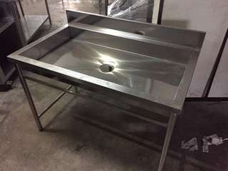 4' Stainless Steel base sink ( sinki )
