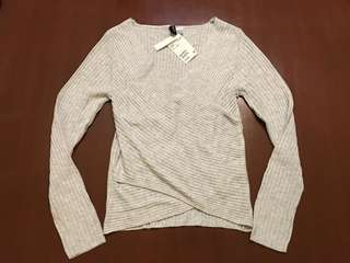 Authentic New H&M Light Grey Wrap Long Sleeve Sweater Top