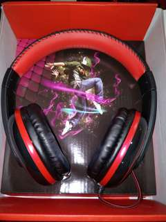 Brand New Audiance A2 Black Red Wired Stereo Headphones
