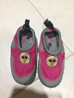 Barbie aqua shoes