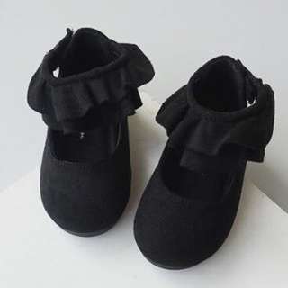 Girl suede shoes Included Postage!