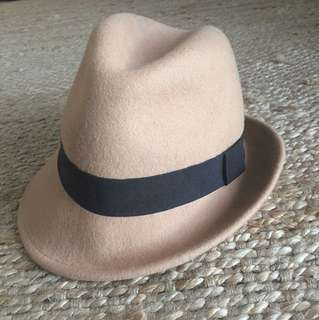 Witchery Tan fedora