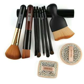 Make-up Brush Set with Face Puff Foundation