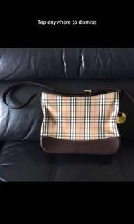 100% authentic Burberry handbad