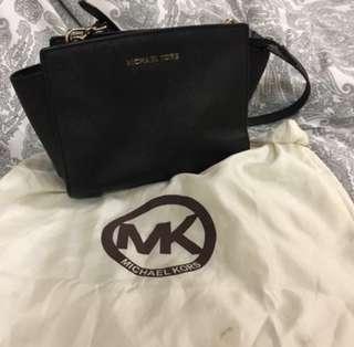 Michael Kors medium size