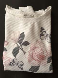 Final Price BERSHKA White Flower Printed Sweatshirt