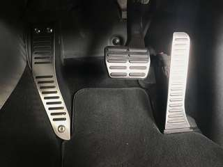 Genuine Volkswagen Pedals and OSIR Footrest