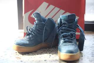 Nike Air High Preloved Excellent condition