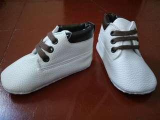 bnw baby boy shoes