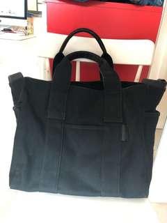 Agnes B 黑色布Tote Bag
