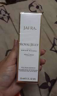 JAFRA Royal Jelly Milk Balm Sirtuin Activators