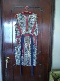 Patterned Vintage-Looking Dress