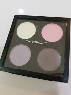 MAC cutie eyeshadow x4