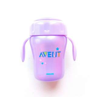 PHILIPS AVENT 7 OUNCE MAGIC TRAINER SIPPY CUP WITH HANDLES INTERCHANGEABLE FEEDING SYSTEM (PURPLE)