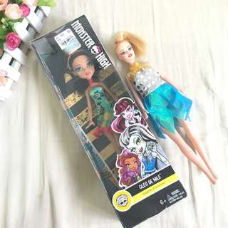 BNWT monster high cleo de nile doll + free doll