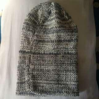 Adult beanie / bonnet