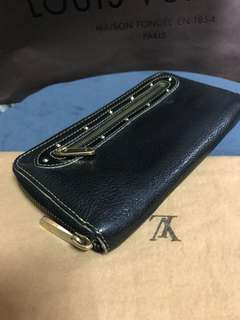 Lv suhali zipper wallet guaranteed authentic