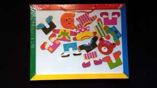 dress-me-up bear puzzle magnetic white board with black board