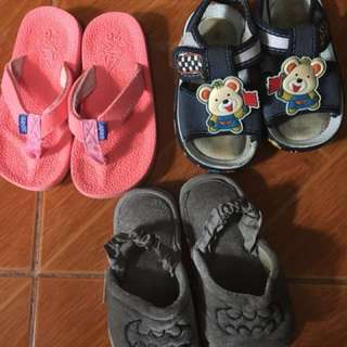 Sale Bundle babies slippers and sandals.