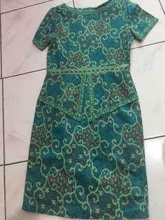 Dress batik selutut