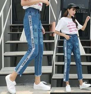 Salma Jeans Jogger Off (Putih) (Merah) Rp115.000 bahan jeans tebal  fit to XL motif bordiran