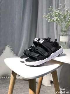 [Authentic]New balance sandal