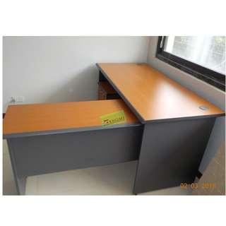 RV SERIES SET - 1006 L TYPE EXECUTIVE TABLE--KHOMI