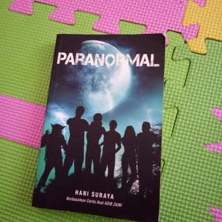 Novel Fixi paranormal