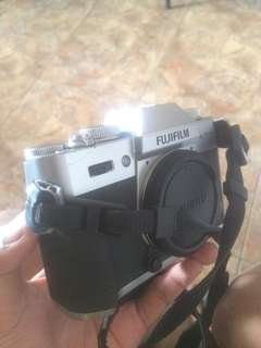 Fujifilm XT-10 body only (with box)