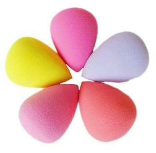 [NEW!] Beauty Blender Sponge Random Color and Shape