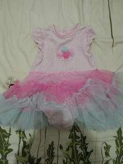 🚚 Little me洋裝